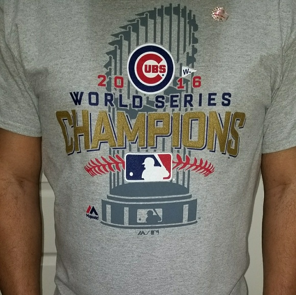 RARE! NEW ~ CHICAGO CUBS 2016 WORLD SERIES CHAMPIONS YOUTH LOCKER ROOM T-SHIRT